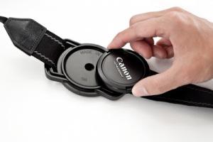 lens-cap-strap-holder-e052_600.0000001320818246